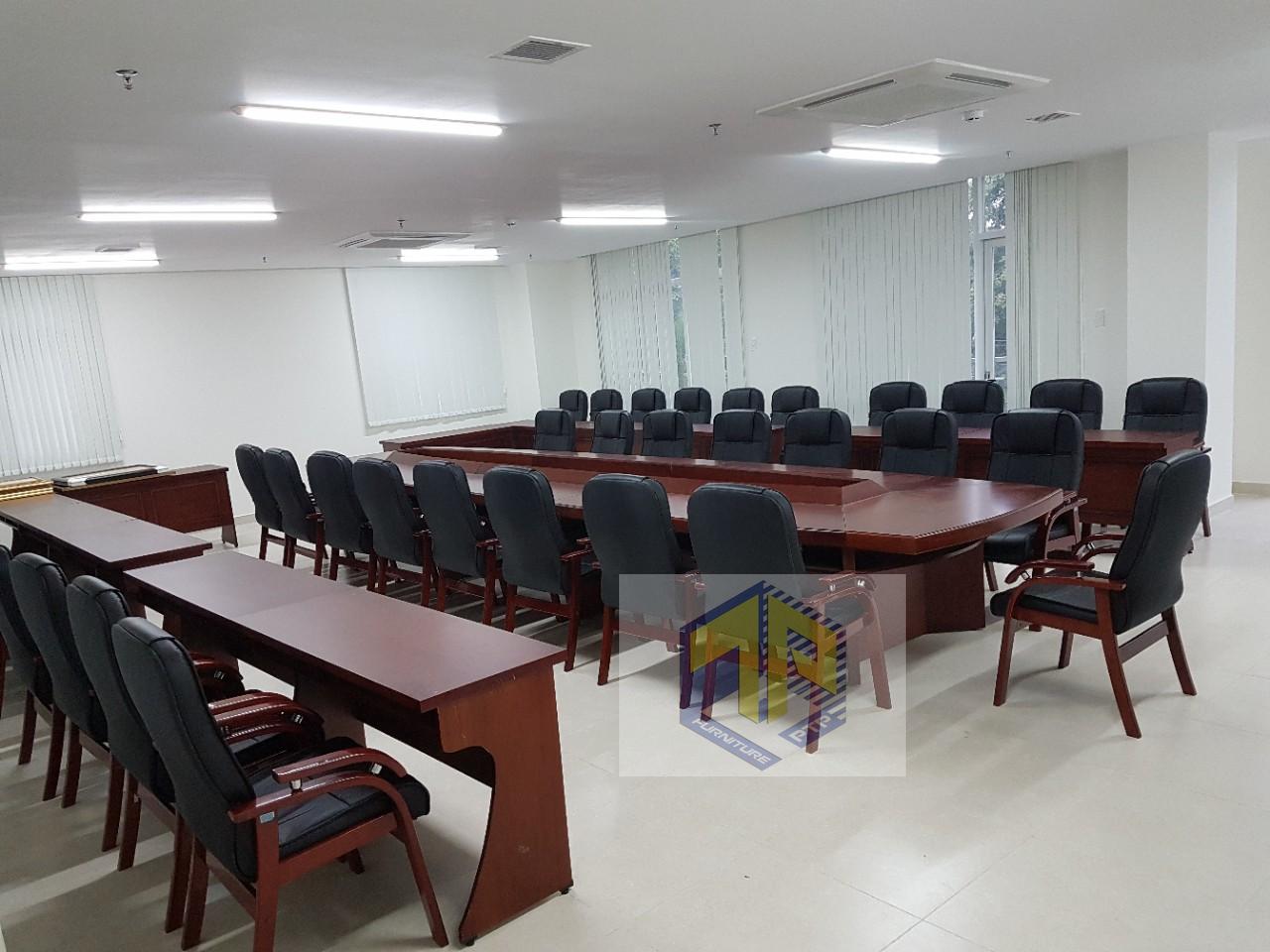 thi công nội thất phòng họp chi cục quản lý thị trươfng