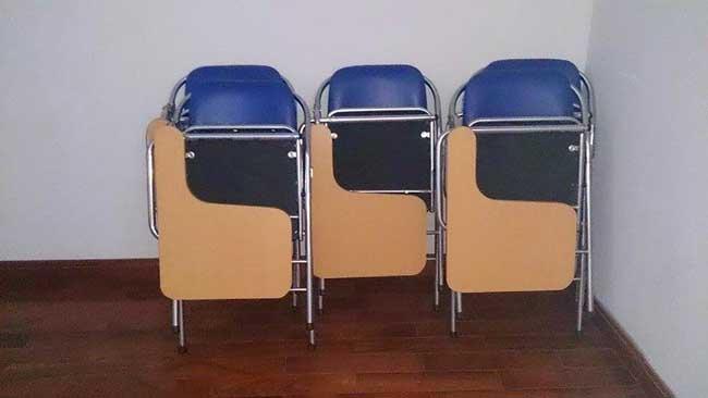 Ghế gấp liền bàn